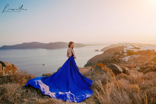 OIA santorini prewedding photographer